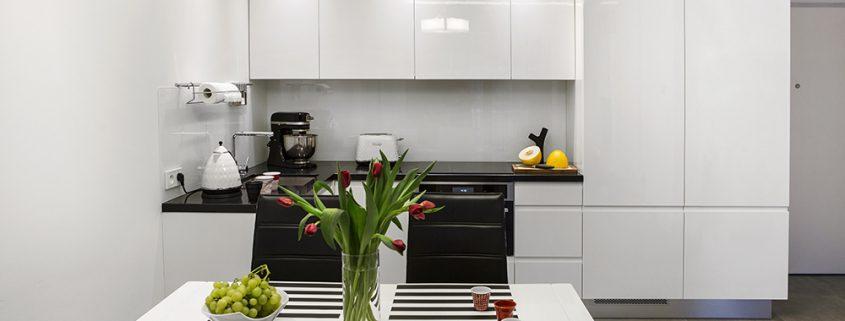 Mieszkanie w warszawie good mood studio - Nolte home studio ...